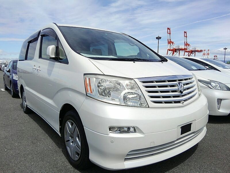 Toyota Aplhard Campervan