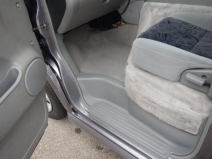 2004 Mazda Bongo
